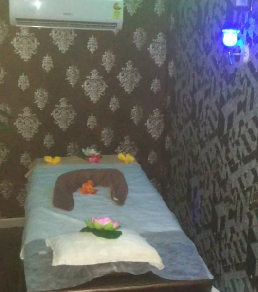 Namste Spa and Massage Belapur